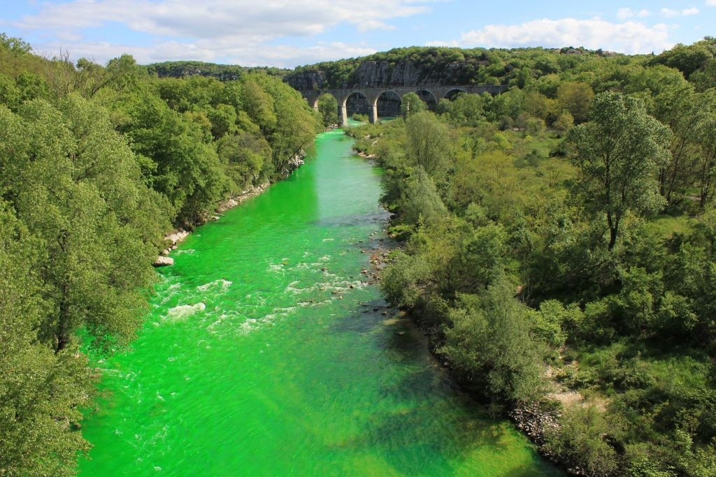 1_Environmentalists-are-dying-France's-rivers-green-1024x683