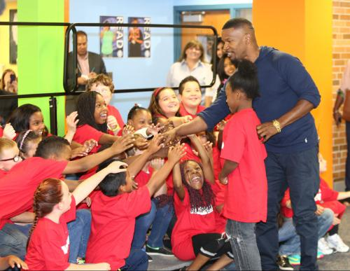 "Photo: Jamie Foxx from ""Annie"" at the Minneapolis Turnaround Arts Event at Northport Elementary"