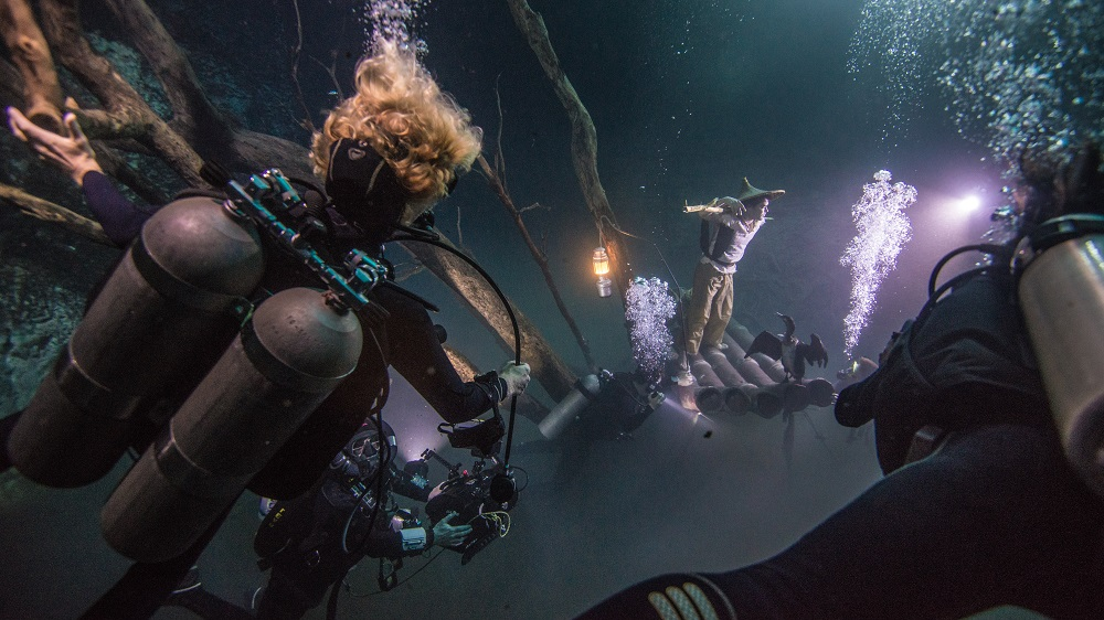 Photo: the process of the underwater shooting