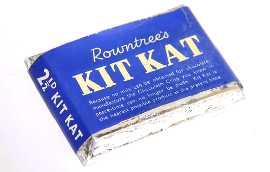 Photo: Kit Kat's blue packaging in 1945-1947