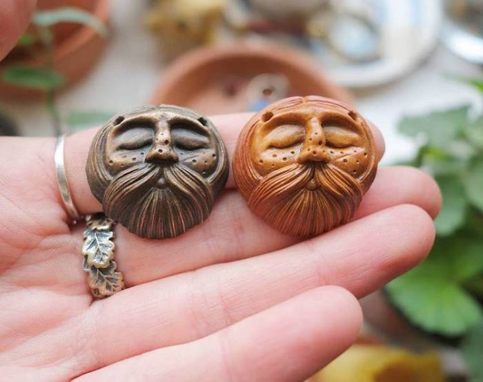 avocado-stone-faces-necklaces-5
