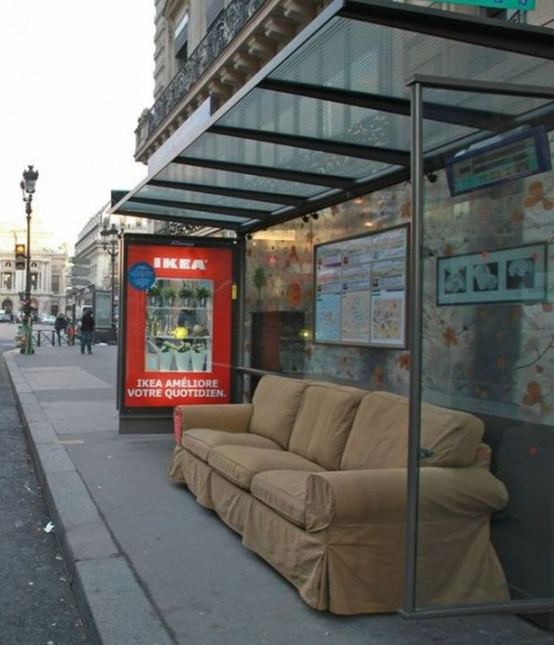 Ikea occupies paris bus shelters popsop for Ikea parati