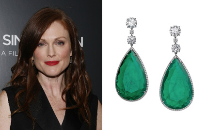 julianne_moore_bulgari_earrings