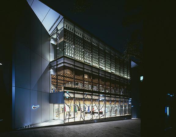 nike_flagship_harajuku_01