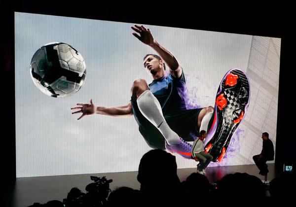Революционные бутсы Nike Mercurial Vapor SuperFly II.