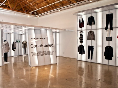 Sustainable clothing stores. Clothing stores online